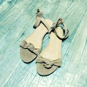 Madewell tan suede sandals